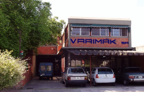 VARIMAK S.A. - Cuyo 2640 - Martínez . Buenos Aires . Argentina